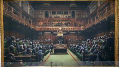 Photo of Londra, asta record per dipinto di Banksy battuto a 11,1 milioni