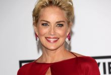 Photo of Coronavirus, il messaggio di Sharon Stone all'Italia: «Vi mando tanto amore, restiamo positivi»