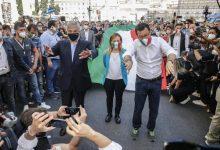 Photo of 2 giugno: leader centro destra con tricolore, ressa di giornalisti