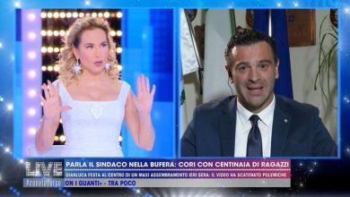 """Photo of Cori e selfie con i ragazzi in strada, il sindaco di Avellino: """"Ho cercato di usare il linguaggio dei giovani"""" (Video)"""