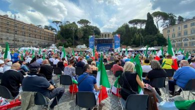 Photo of Roma, centrodestra in piazza contro il governo Conte