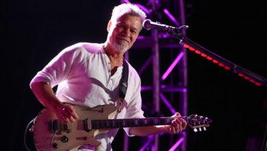 Photo of Addio a Eddie van Halen: il chitarrista e fondatore dei Van Halen è morto a 65 anni per un cancro